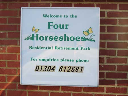 4 Horseshoes